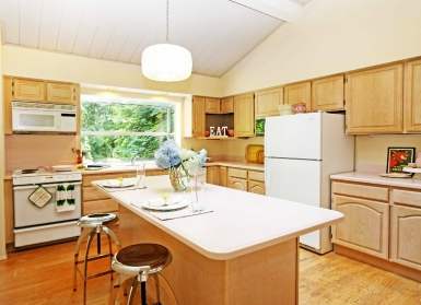 Ranier Court - Kitchen After